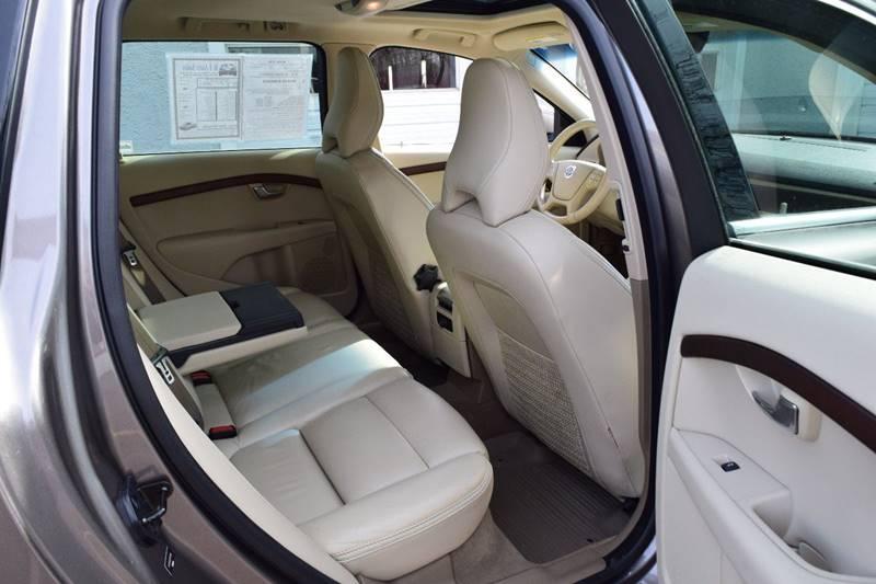 2011 Volvo XC70 3.2 (image 18)