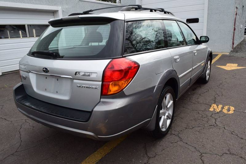 2006 Subaru Outback 2.5i Limited (image 7)
