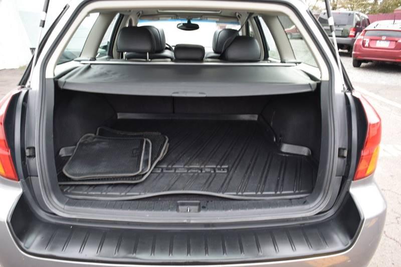 2006 Subaru Outback 2.5i Limited (image 24)