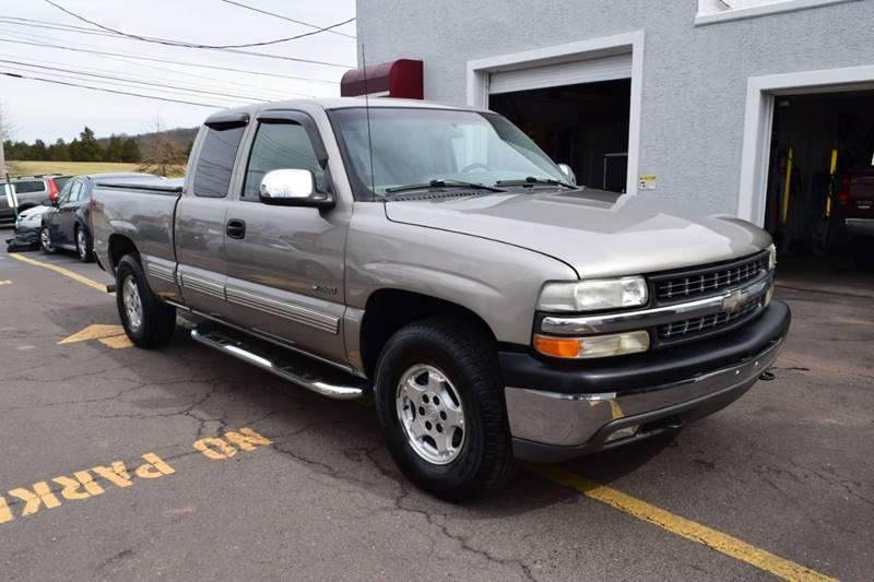 1999 Chevrolet Silverado 1500 LS (image 9)