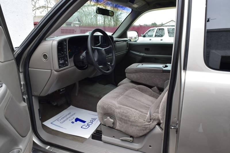 1999 Chevrolet Silverado 1500 LS (image 15)