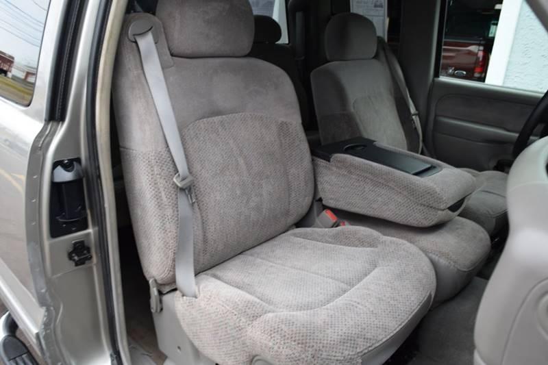 1999 Chevrolet Silverado 1500 LS (image 16)