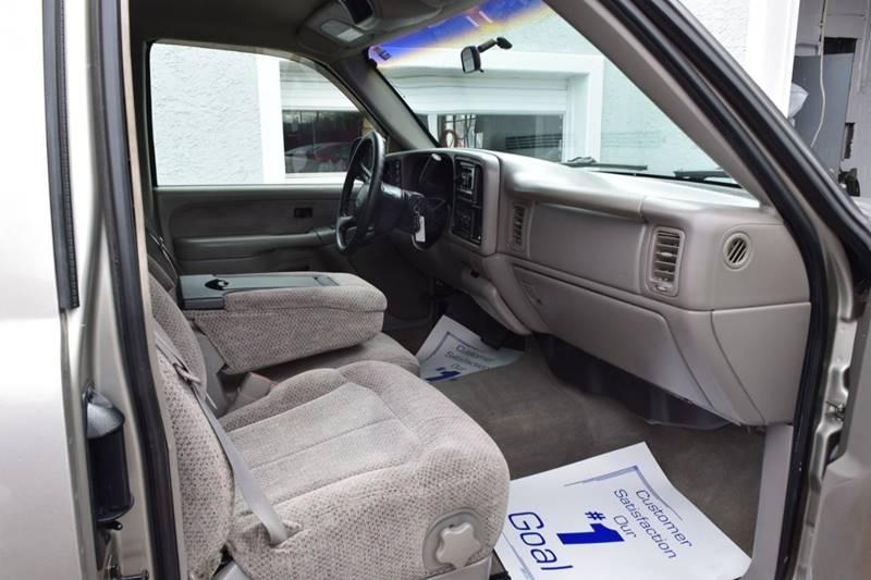 1999 Chevrolet Silverado 1500 LS (image 17)