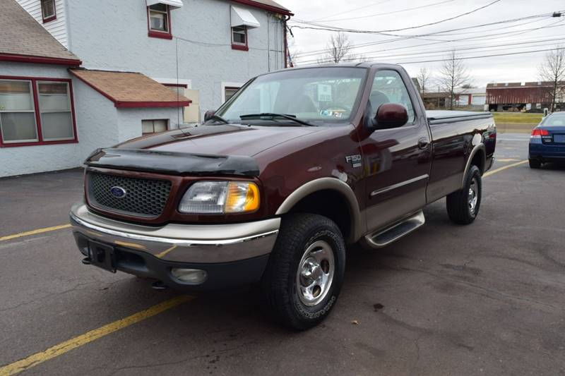 2001 Ford F-150 XLT (image 1)