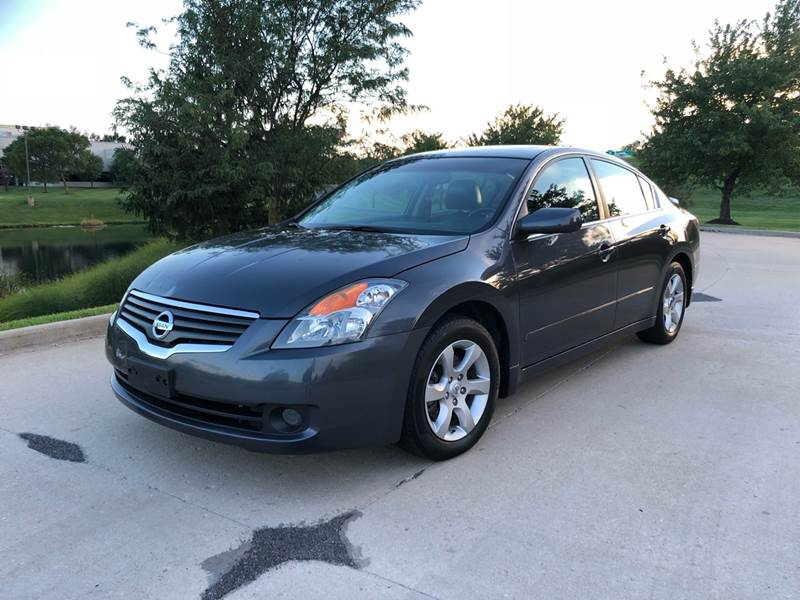 2008 Nissan Altima For Sale At Q And A Motors In St. Louis MO