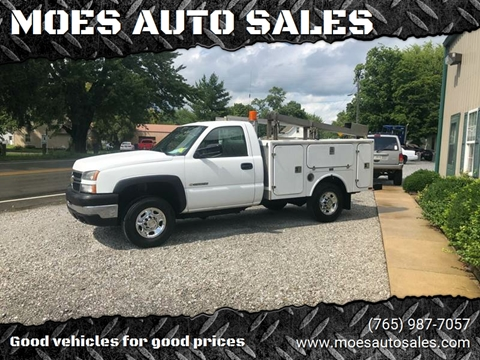 2006 Chevrolet Silverado 2500HD Classic for sale at MOES AUTO SALES in Spiceland IN