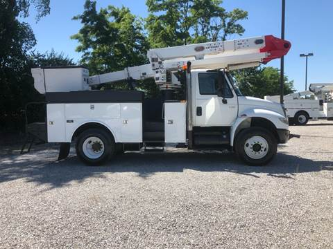 2007 International DuraStar 4400 for sale at MOES AUTO SALES in Spiceland IN