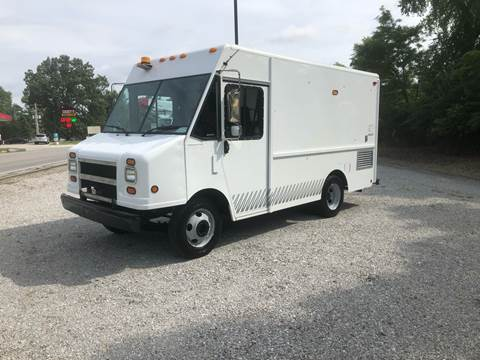 2002 Workhorse P42 for sale at MOES AUTO SALES in Spiceland IN