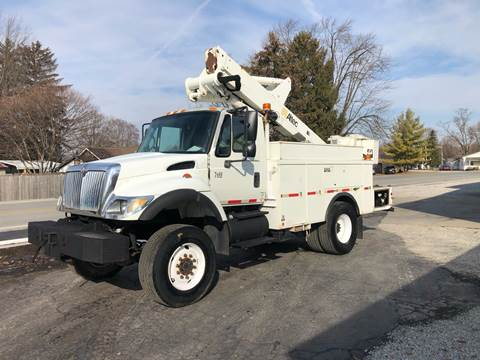 2002 International 7300 for sale at MOES AUTO SALES in Spiceland IN