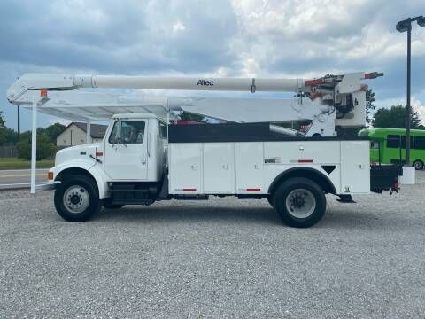 2000 International 4900 for sale at MOES AUTO SALES in Spiceland IN