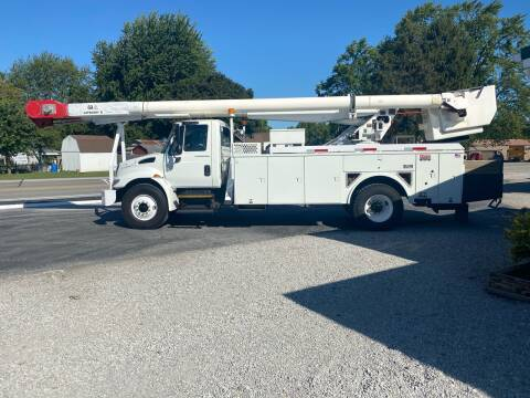 2004 International DuraStar 4300 for sale at MOES AUTO SALES in Spiceland IN