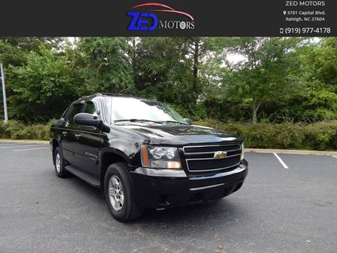 2007 Chevrolet Avalanche for sale at Zed Motors in Raleigh NC