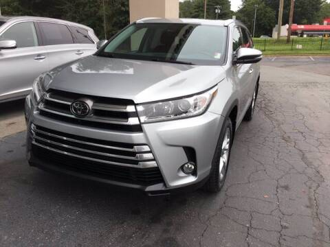 2017 Toyota Highlander for sale at Credit Union Auto Buying Service in Winston Salem NC
