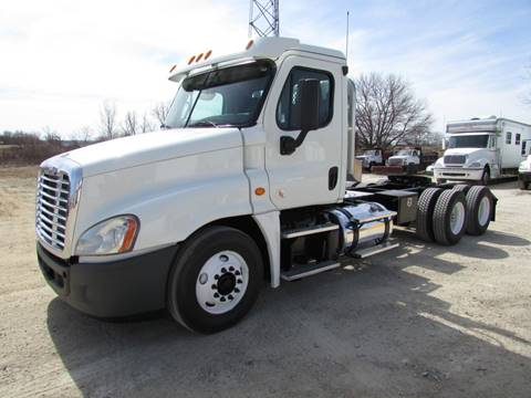 2013 Freightliner Cascadia for sale in Marengo, IL