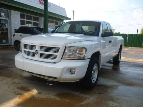 2011 RAM Dakota for sale at Auto Outlet Inc. in Houston TX