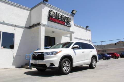2016 Toyota Highlander for sale at Fastrack Auto Inc in Rosemead CA