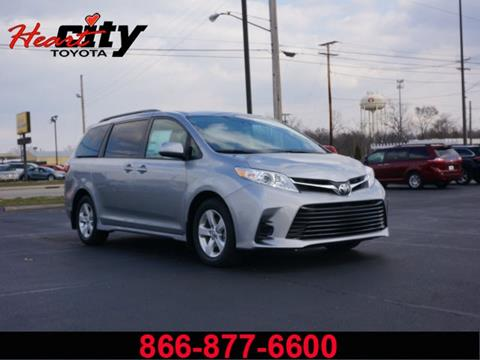 2018 Toyota Sienna for sale in Elkhart, IN