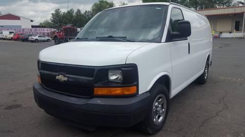 2008 chevy express van airbag light on