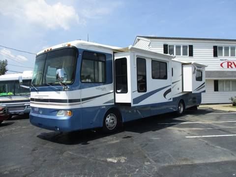 2004 Monaco Knight for sale in Ravenna, OH