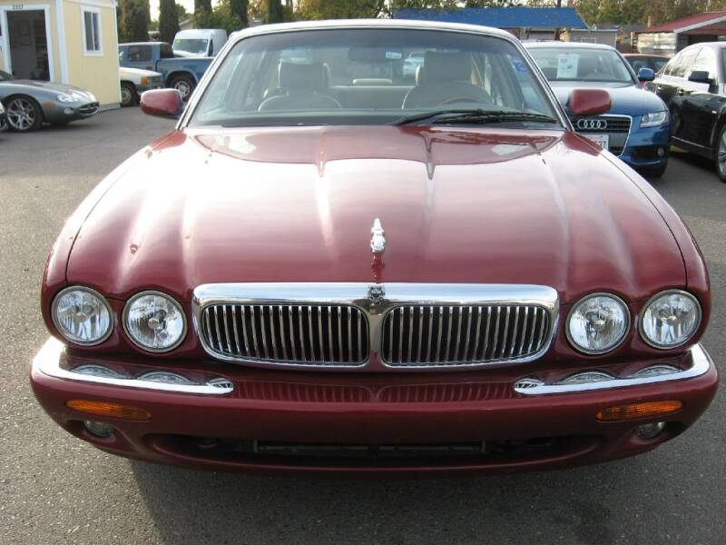 2000 Jaguar XJ-Series for sale at Dealer Finance Auto Center LLC in Sacramento CA
