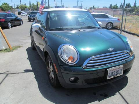 2007 MINI Cooper for sale at Dealer Finance Auto Center LLC in Sacramento CA