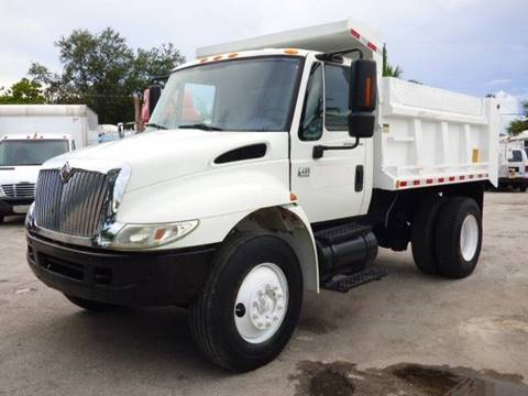 2004 International 4400 for sale at American Trucks and Equipment in Hollywood FL