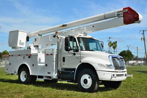 2006 International DuraStar 4400 for sale at American Trucks and Equipment in Hollywood FL