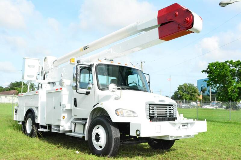 2004 Freightliner M2 106 for sale at American Trucks and Equipment in Hollywood FL
