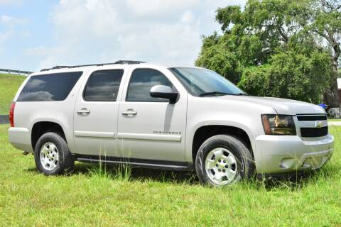 2008 Chevrolet Suburban for sale at American Trucks and Equipment in Hollywood FL