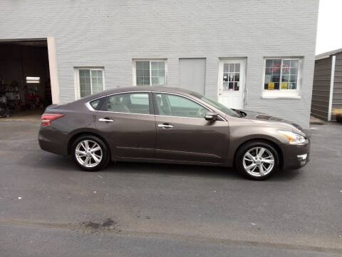 2013 Nissan Altima for sale at Caps Cars Of Taylorville in Taylorville IL
