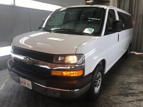 2018 Chevrolet Express Passenger for sale in Alliance, OH