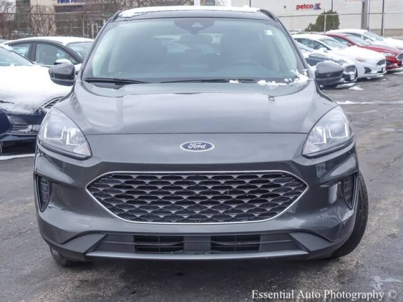 2020 Ford Escape SE (image 4)