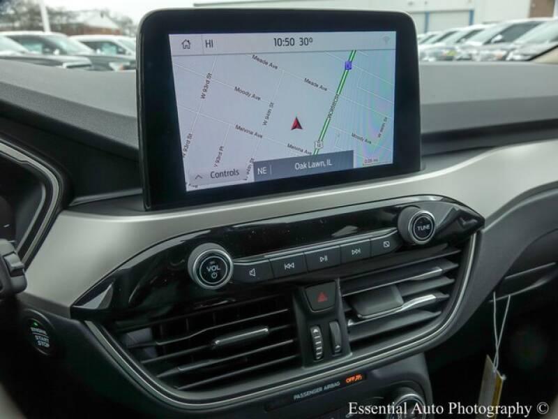 2020 Ford Escape SE (image 13)