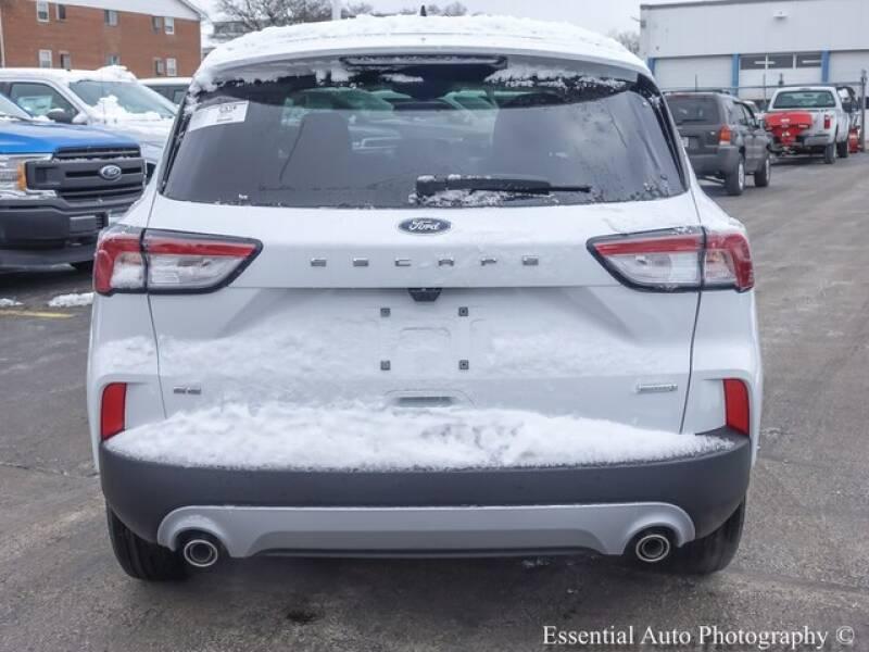 2020 Ford Escape SE (image 5)
