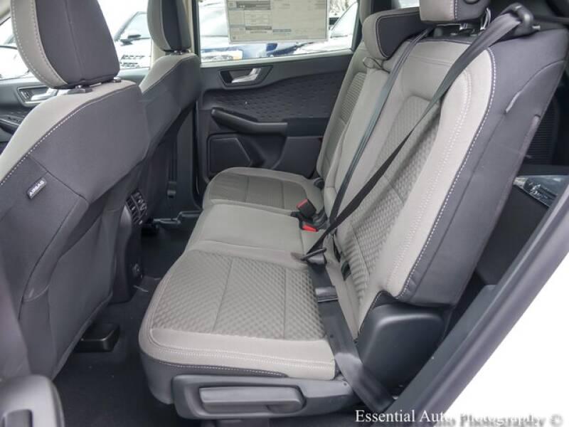 2020 Ford Escape SE (image 10)