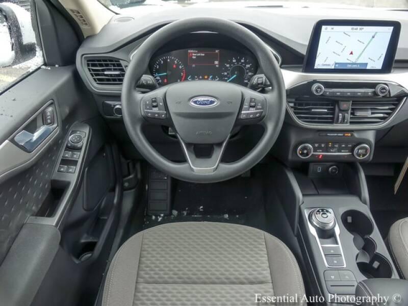 2020 Ford Escape SE (image 11)