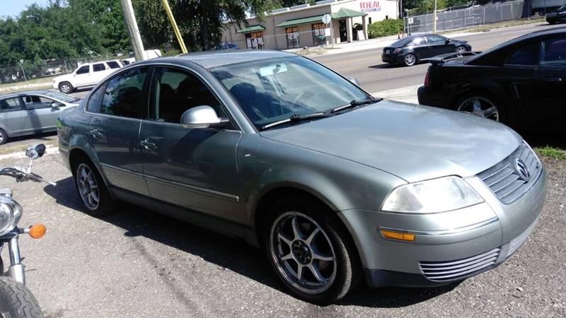 2005 Volkswagen Passat for sale at DAVINA AUTO SALES in Orlando FL