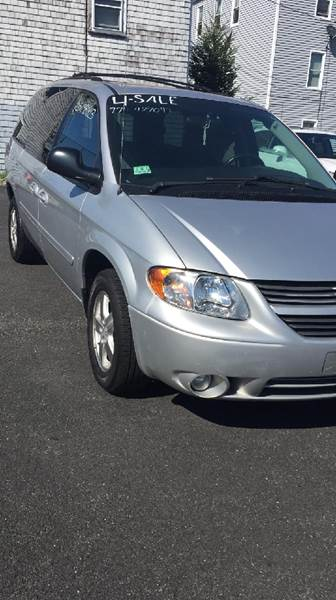 2006 Dodge Grand Caravan for sale at Auto Rally in Fall River MA