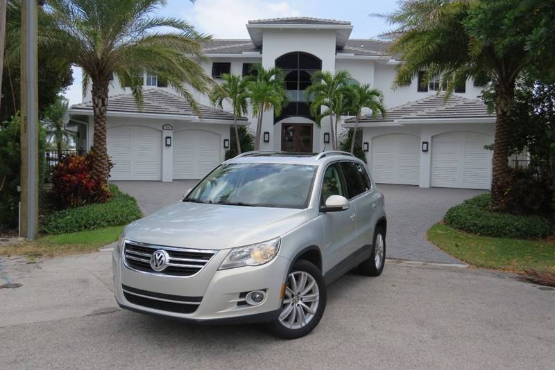 2011 Volkswagen Tiguan for sale at Citywide Auto Group LLC in Pompano Beach FL