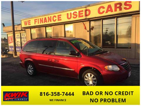 2006 Chrysler Town and Country for sale in Raytown, MO