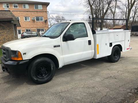 2001 Ford F-250 Super Duty for sale at Midland Commercial. Chicago Cargo Vans & Truck in Bridgeview IL