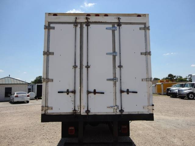 2008 International 4300 SBA 4X2 (image 5)