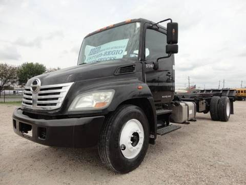 2010 Hino 268 for sale in Houston, TX