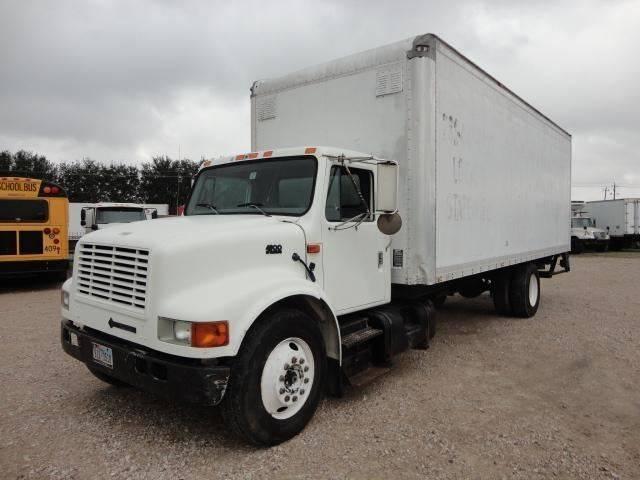 1996 International 4900 (image 1)