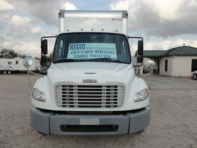 2012 Freightliner Business class M2 (image 2)