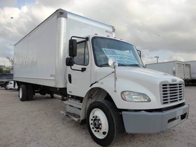2012 Freightliner Business class M2 (image 3)