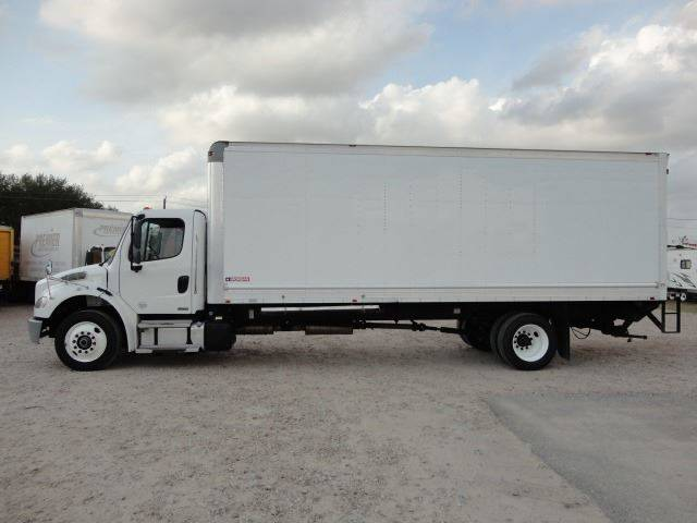 2012 Freightliner Business class M2 (image 4)