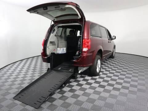 2018 Dodge Grand Caravan SXT for sale at AMS Vans in Pearland TX