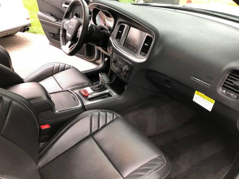 2016 Dodge Charger SRT Hellcat 4dr Sedan - Lake In The Hills IL