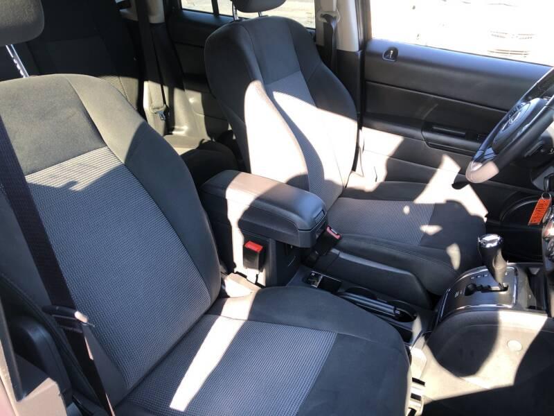2011 Jeep Patriot 4x4 Latitude 4dr SUV - Lake In The Hills IL